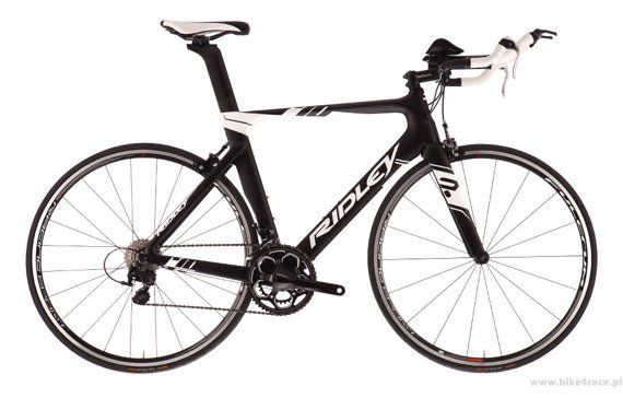 TT/triathlon bicycle RIDLEY CHRONUS – color D-385M (Shimano 105)