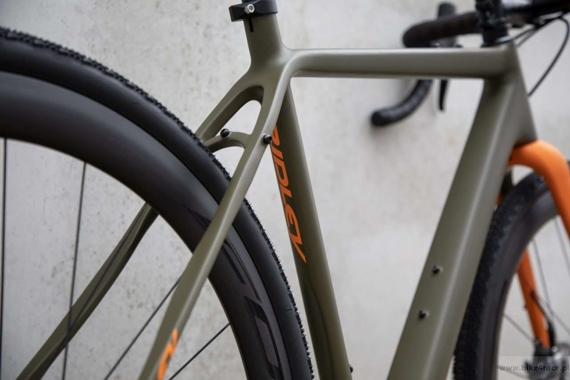 Gravel bicycle RIDLEY KANZO C ADVENTURE - Ultegra ML Hydraulic Disc – color KAC-01AM (Camo Green-Orange)