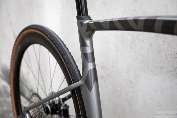 Gravel bicycle RIDLEY KANZO FAST - GRX800 1x11s Di2 - color KAF-01BS (Anthracite Metallic-Empress Grey Metallic)