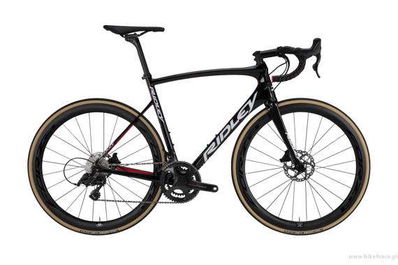 Road bicycle RIDLEY FENIX SL DISC - 105 ML Hydraulic Disc – color R-FSD-06AS (Black-White-Red)