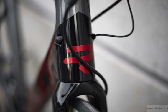 Road bicycle RIDLEY FENIX SL DISC - Ultegra Di2 Hydraulic Disc – color FSD-08AS (Black-Anthracite-Red Metallic)