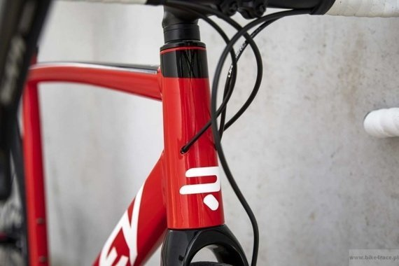 Road bicycle RIDLEY FENIX SLA DISC - 105 HDB - color FAD-01AS (Red-White-Black)