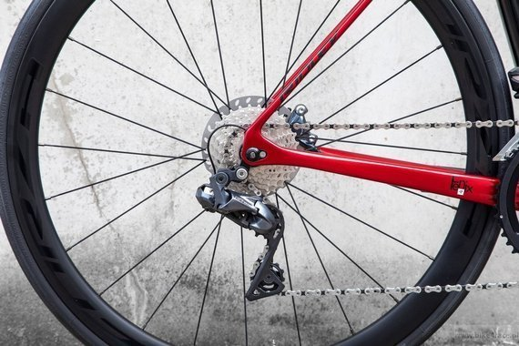 Road bicycle RIDLEY FENIX - Ultegra Di2 - color FSD30AS (Black-Candy Red Metallic-White)