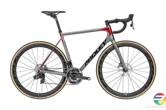 Road bicycle RIDLEY HELIUM SLX DISC - Force eTap AXS – color HXD-04AS (Steel Grey-Black-Candy Red Metallic)