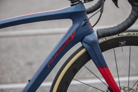 Road frameset RIDLEY LIZ SL DISC – color LSD-02AM (Midnight Blue-Aubergine-Red)