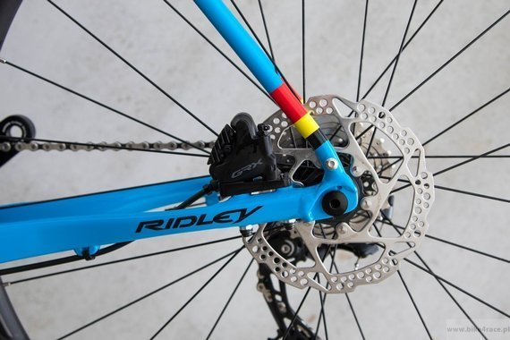 Rower gravel RIDLEY KANZO A - Apex1 Mechanical Disc – kolor KAA-02B (Belgian Blue)
