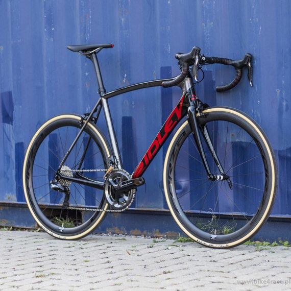 Rower szosowy RIDLEY FENIX SL - Potenza – kolor FSL-08AS (Black-Anthracite-Red Metallic)